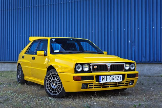 Lancia Delta HF Integrale 1980s Italian sports car