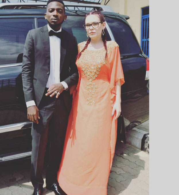 "Fans wish May D ""happy married life"" after he shared this picture"