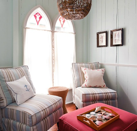 cozy nautical room