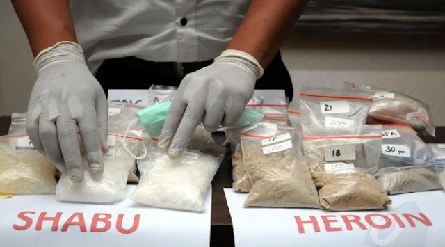 Beritatotokita.info - Cara Baru Menyeludupkan Narkoba Dengan Menggunakan Layang - Layang