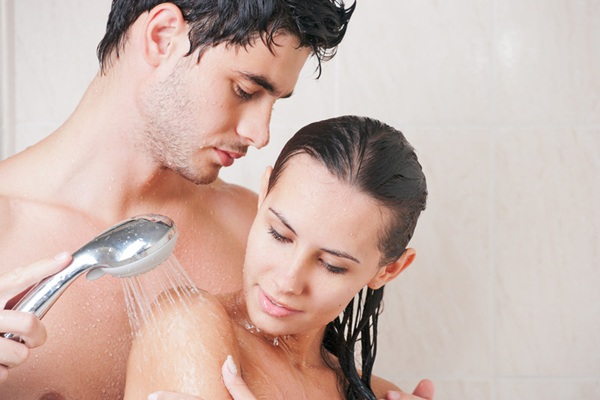 Amor Baseado na Bíblia: Questão: Pode o casal tomar banho juntos ...