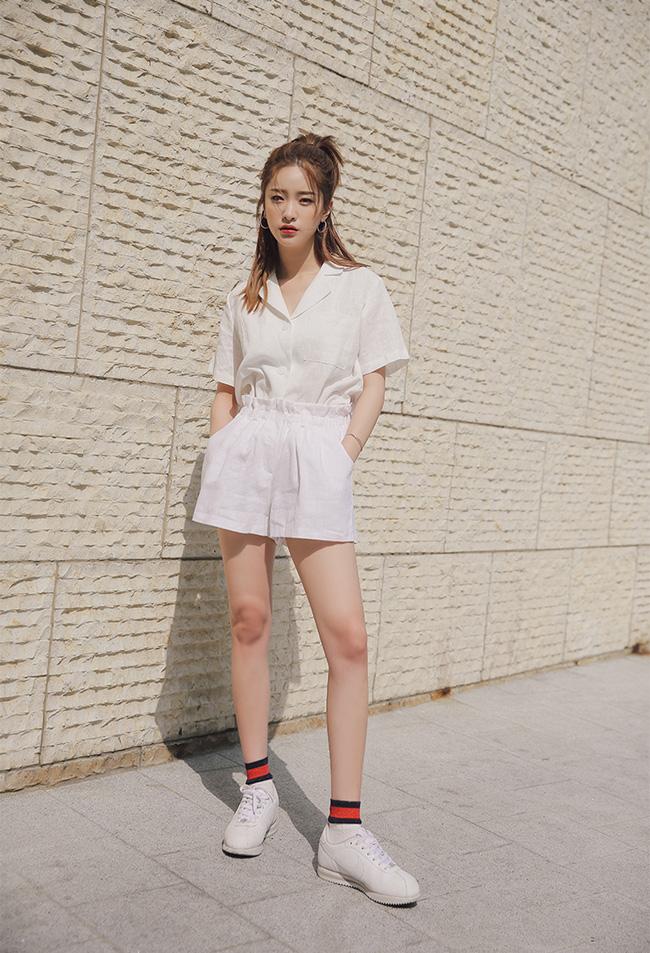 15 bộ trang phục sẽ làm sẽ làm bạn muốn diện sneaker bất chấp nắng nón4g
