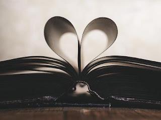 Puisi Cinta Di Sudut Ruang Itu Karya Amanda Syifa Alzena Putri