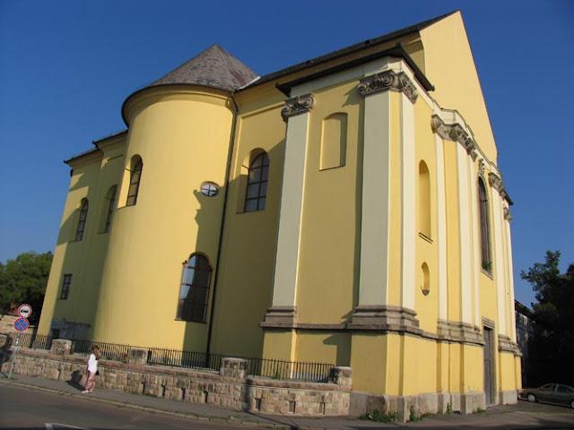 Wspomniana Galeria w Egerze z Rękodziełami
