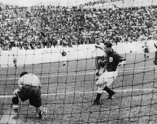 Mỹ đánh bại Anh 1-0 ở World Cup 1950.