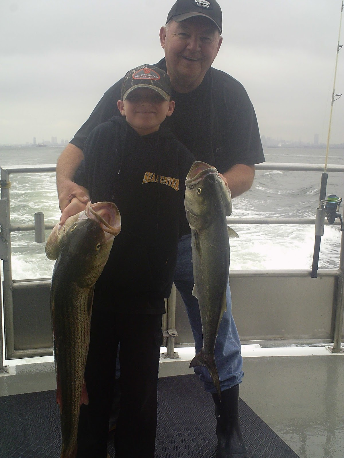 Jersey shore fishing stripers active in the hudson for Nj shore fishing report