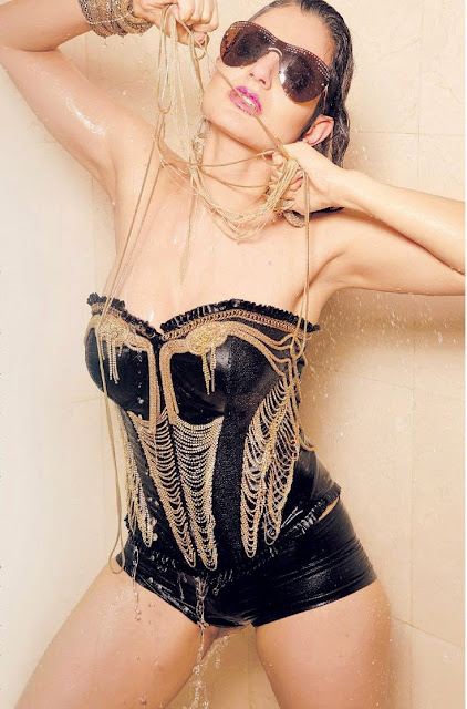 Hot Bollywood Actress