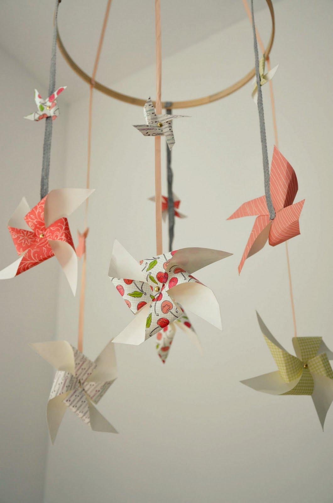 johnny and ashley homemade pinwheel crib mobile. Black Bedroom Furniture Sets. Home Design Ideas