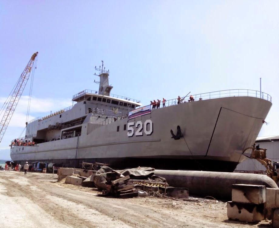 LST KRI Teluk Bintuni 520