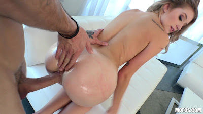 Arya Fae – Tiny Spinner Craves Huge Cock