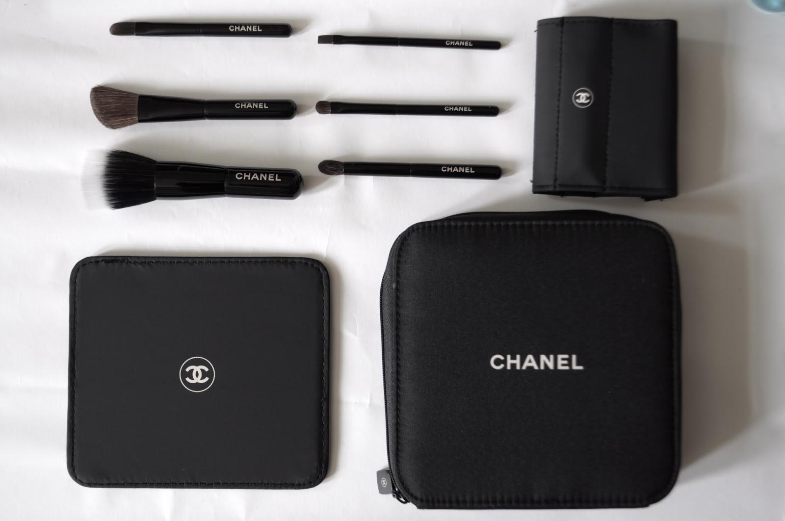 d610ce2745f Les minis.  Chanel Les Minis 2013 brush set ...