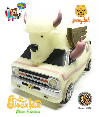 Designer Con 2016 Exclusive The Bison Van Glow in the Dark Edition Vinyl Figure by Jeremy Fish x 3DRetro