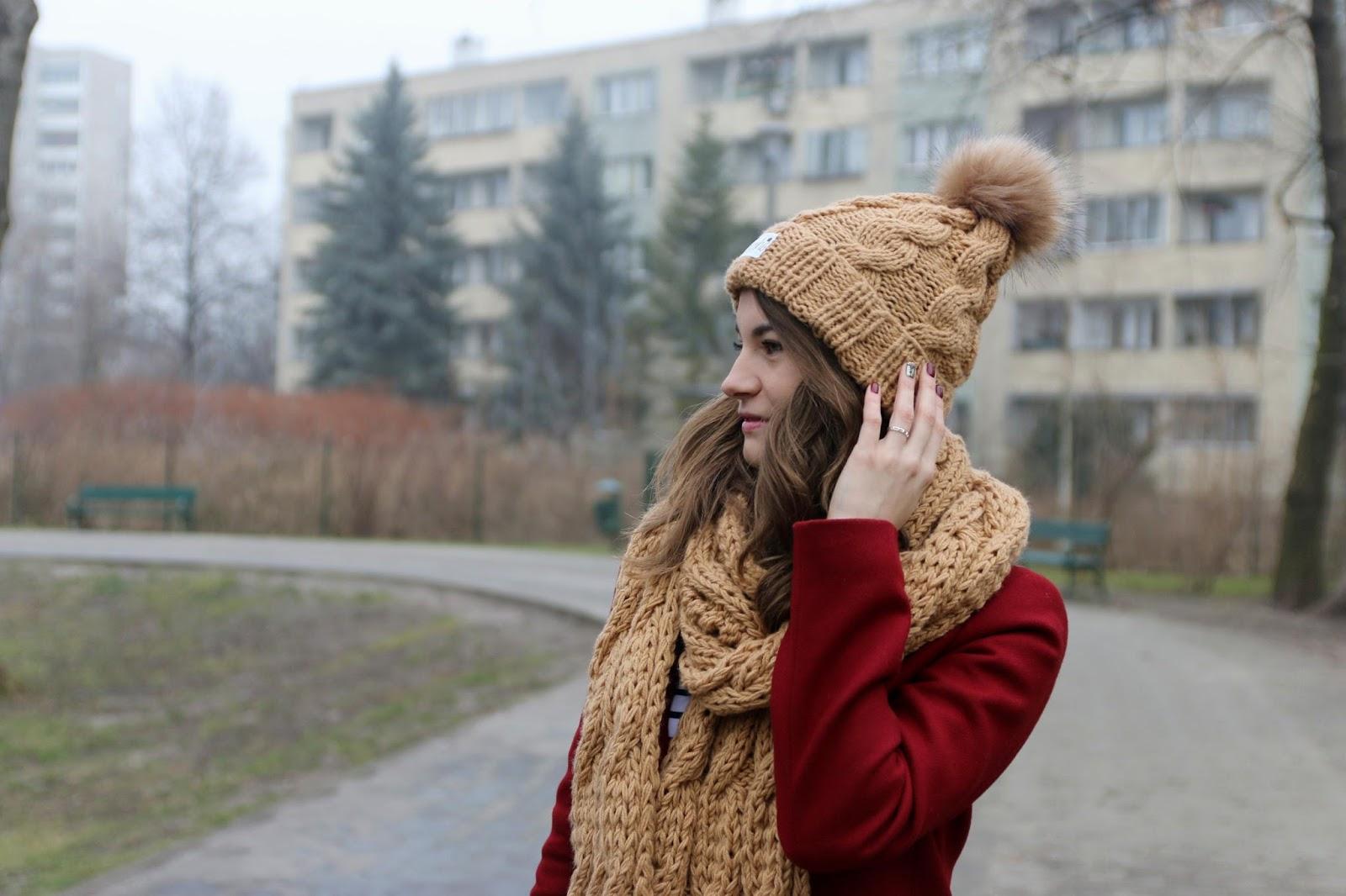 wełniana czapka i szalik stylizacja