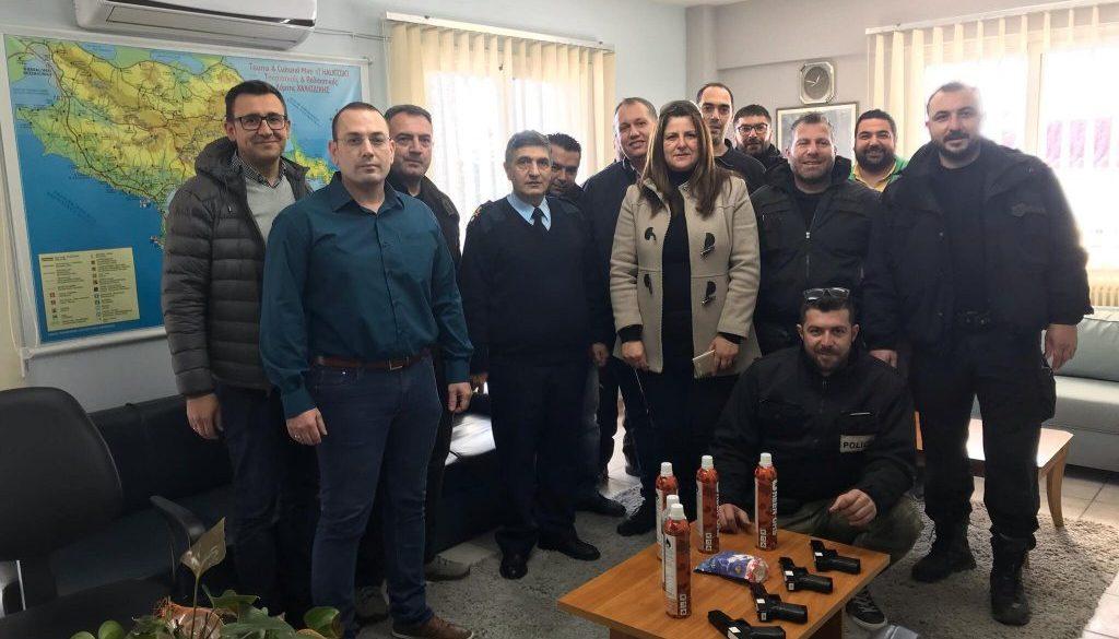 Δωρεά όπλων airsoft για την εκπαίδευση των αστυνομικών από την Ένωση Αστυνομικών Υπαλλήλων Χαλκιδικής