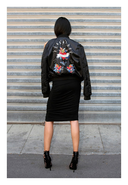 """<img src=""""outfit.jpg"""" alt=""""Black Leather Bomber jacket sexy outfit lookbook 2016"""">"""
