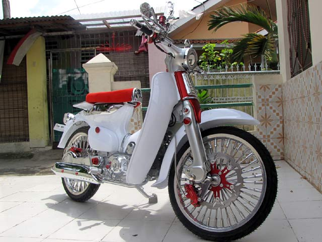 Modification Honda C70