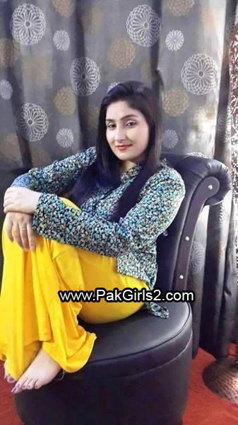 Indian Girls on Date 2016(2)