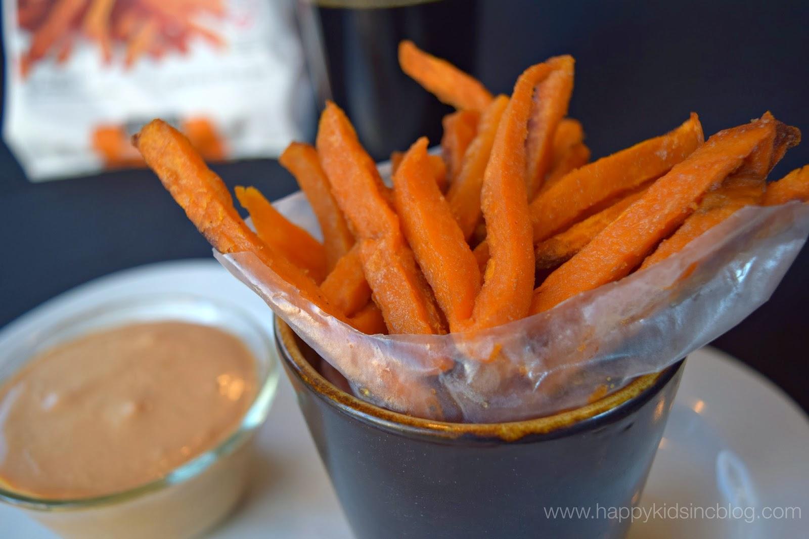 Alexia Foods Sweet Potato Fries Onion Rings Creamy Chipotle Dip recipe