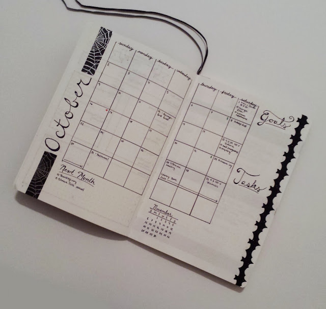 October 2016 Bullet Journal Monthly Layout