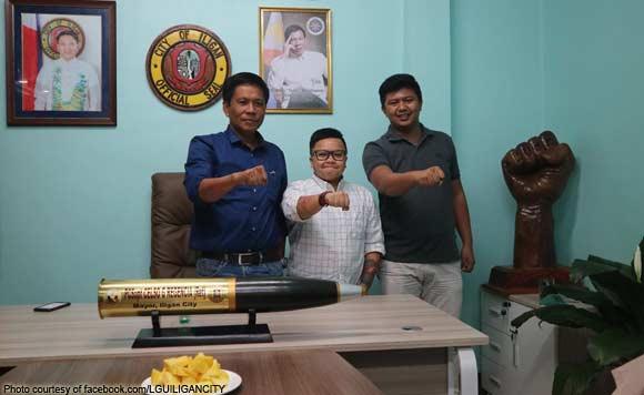 "2tdc6Z8 Mindanaoan Mayor asks Aiza Seguerra to tell Manila people stop rallying: ""Di nila kami naiintidihan"""