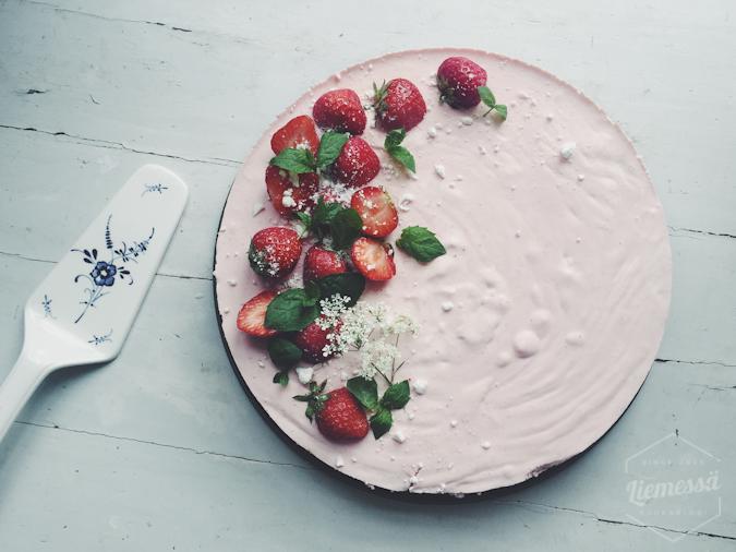 Juhannus kakku resepti