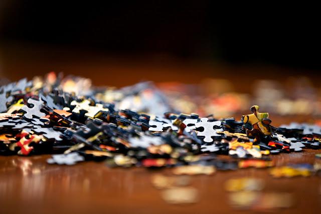 Pomysł na prezent - Puzzle pod choinkę włóż!