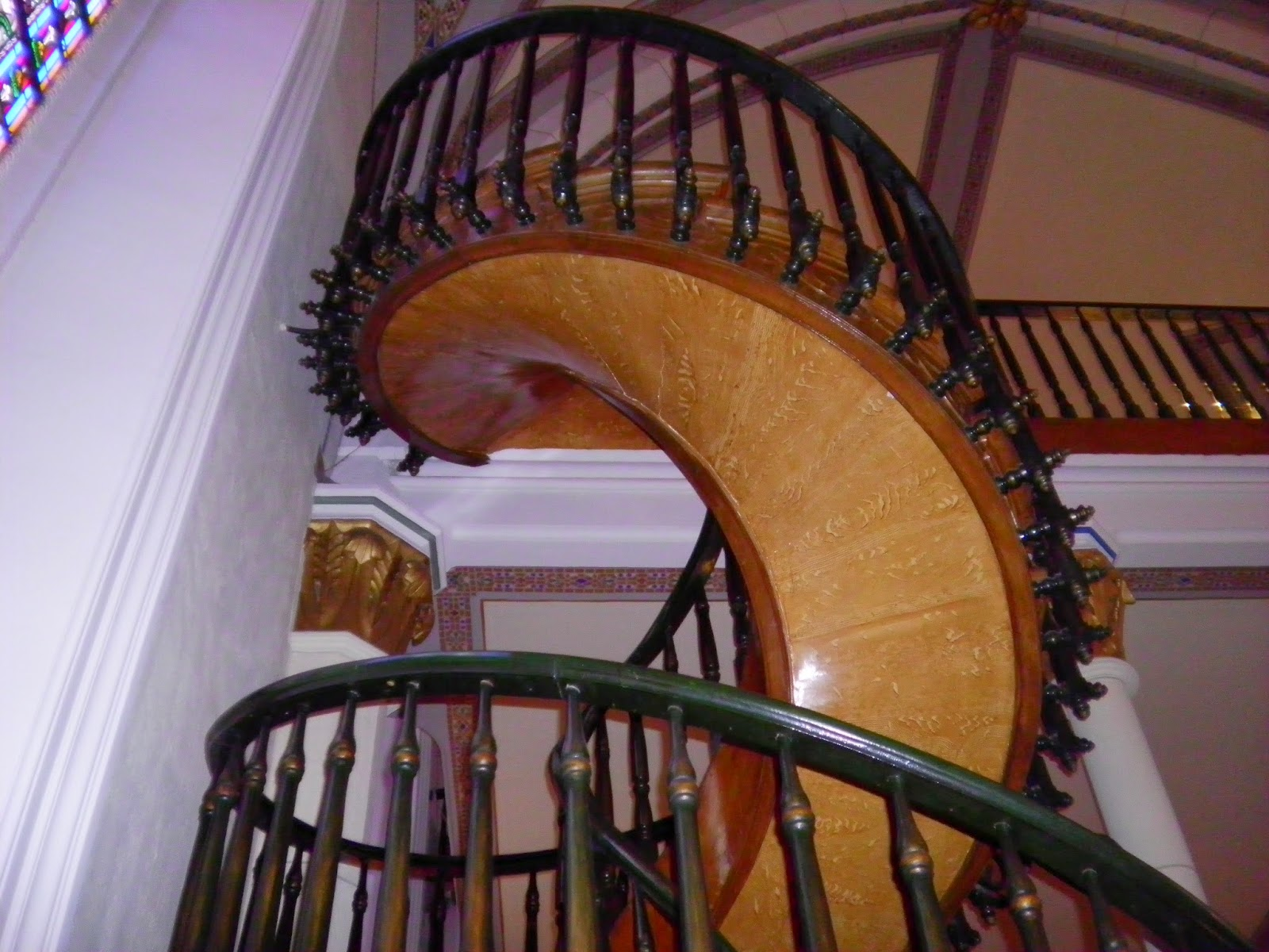 """Western Fictioneers Santa Fé New Mexico's """"Miraculous   Stairs Of Loretto Chapel"""