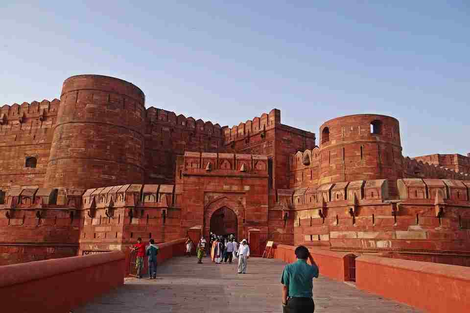 Ten Secrets That Experts Of Red Fort Agra Don't Want You To Know.