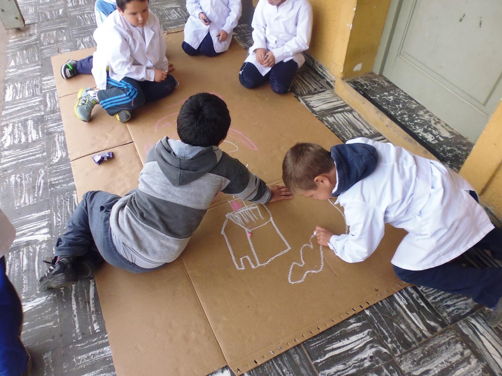 Escuela Nº 53 Alejo Peyret 2º A Reciclan Crean Juegan Y Se