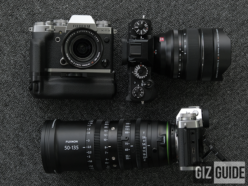 Three X-T3s at different angles!