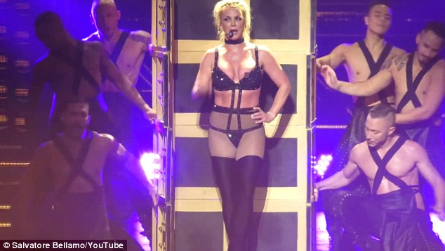 Britney Spears suffers wardrobe malfunction during Maryland concert (Photos/Video)