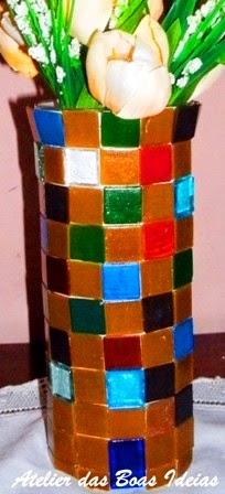 vaso com tubo de ensaio