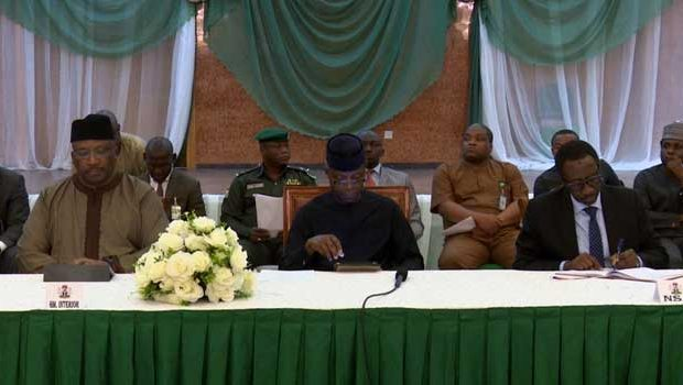 National Security: Osibanjo meets with media practitioners in Abuja on promoting unity in the country.