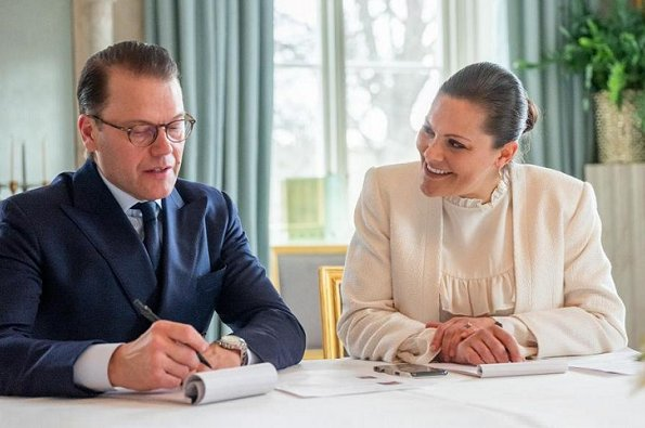 Crown Princess Victoria wore a blazer by J.Lindeberg, and silk blouse by Mayla. J.Lindeberg skye blazer and Mayla Daria blouse