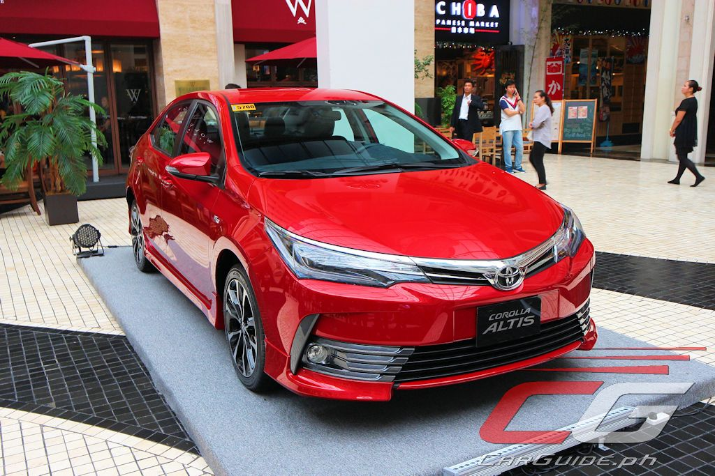 toyota motor philippines gives 2017 corolla altis an a list update w photos specs prices. Black Bedroom Furniture Sets. Home Design Ideas