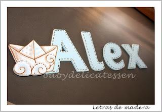 letras de madera infantiles para pared Alex con siluetade barquito babydelicatessen