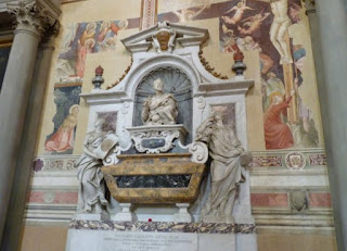 Basílica di Santa Croce-Tumba Galileo Galilei.