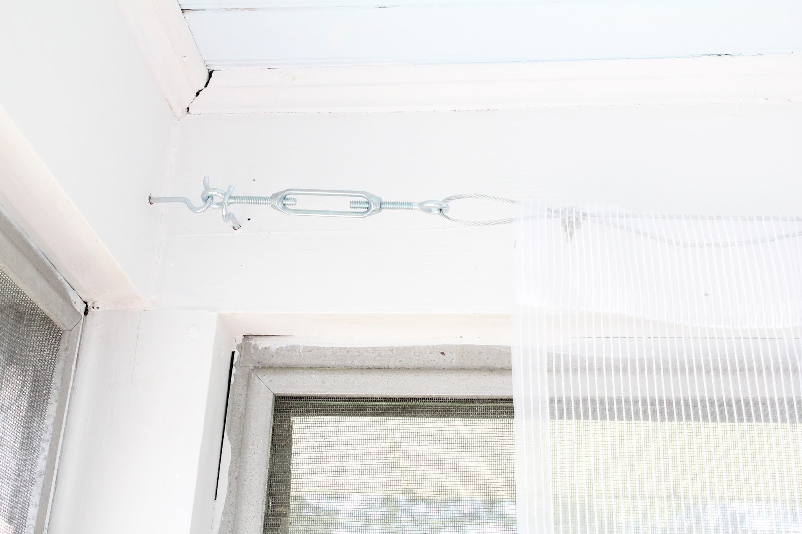Test Hanging Curtains With Tension Wire