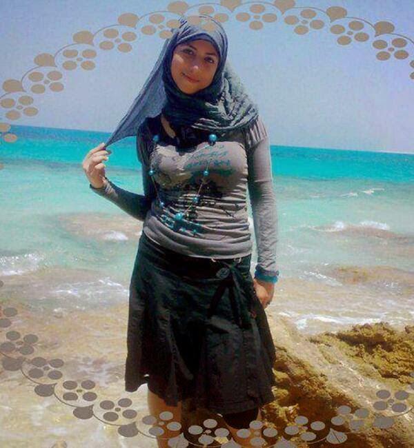 Foto Cewek Jilboob di Pantai