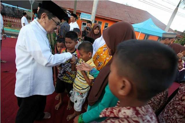 KNPI Palopo Berbagi dengan Ratusan Anak Yatim di Penghujung Ramadan
