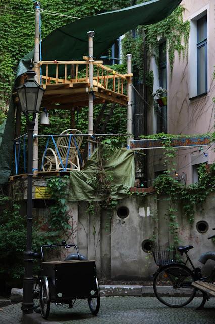 https://cuillereetsaladier.blogspot.com/2017/07/a-berlin-partie-i.html