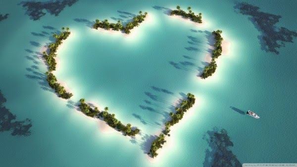 wallpaper-picture-heart-shaped-island