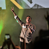 Critican a Silvestre por publicar video de niños en salón de clases cantando Justicia