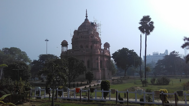 makbara in lucknow