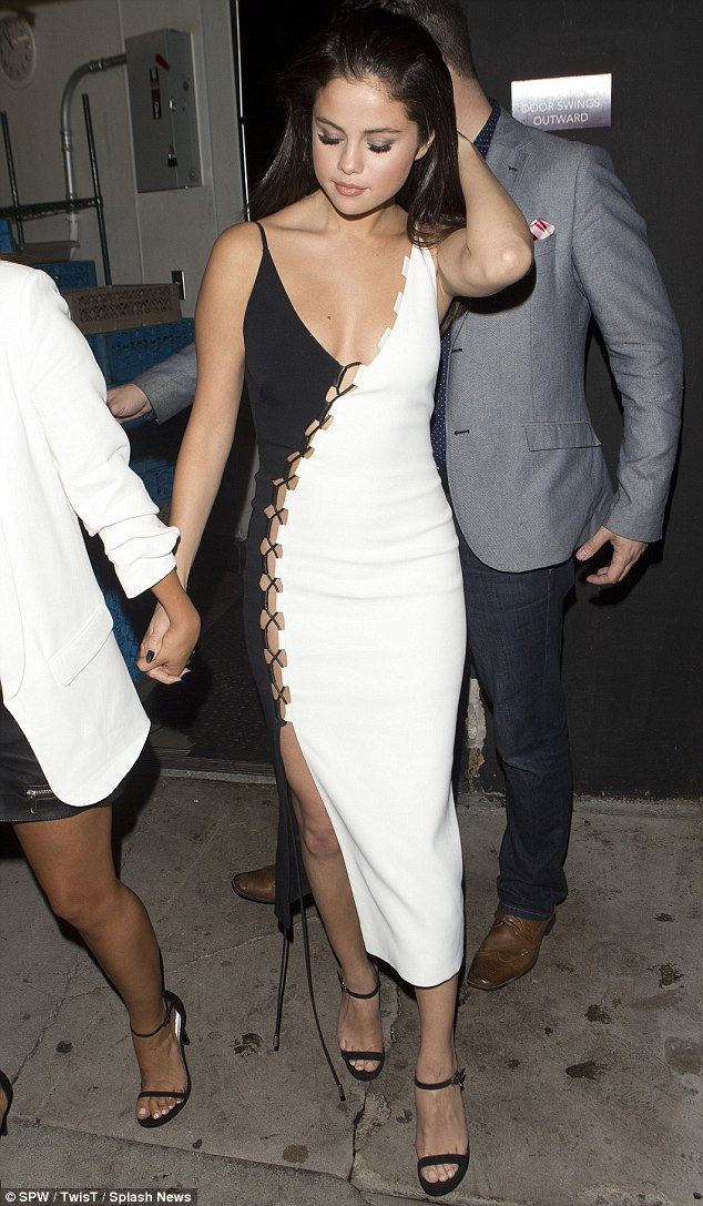 Girls' Night out- Selena Gomez or Rihanna?, hollywood, hollywood fashion, Selena Gomez in monochrome dress, sporty Rihanna, Indian fashion blogger, Chamber of Beauty
