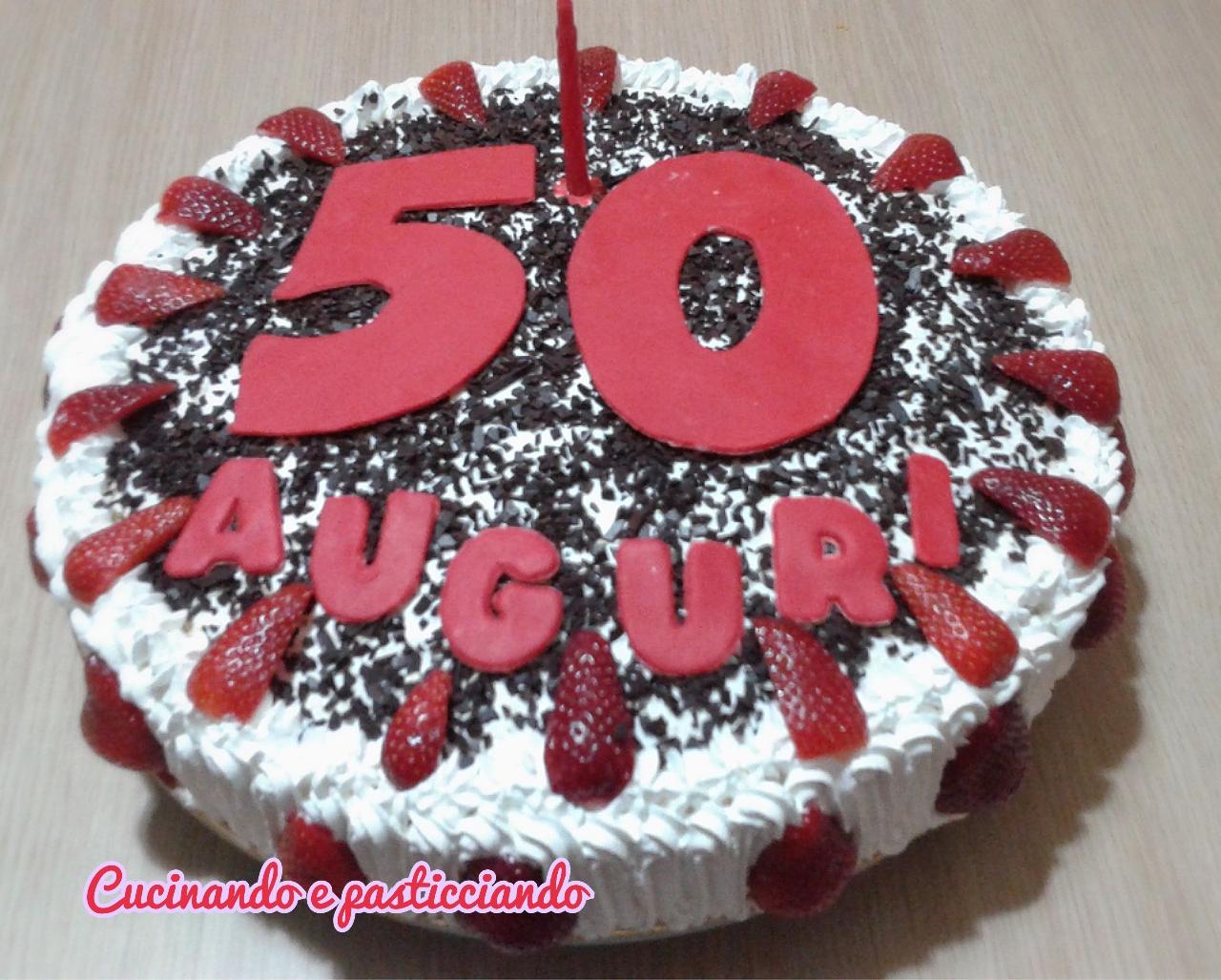 cucinando e pasticciando torta fragole per 50 anni