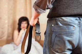 يعتدي بالفـاحــشة على بناته انتقاما من زوجته !