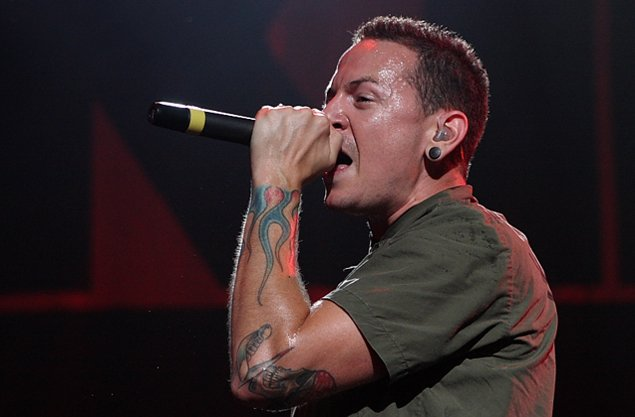 Linkin Park Lead Singer : red carpet international linkin park 39 s chester bennington committed suicide report ~ Russianpoet.info Haus und Dekorationen