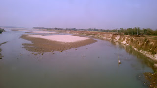 Crossing River Mahanda after Dhumdangi