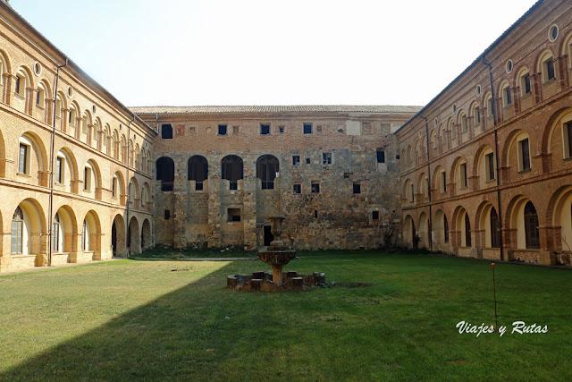 Claustro nuevo del Monasterio de Irache